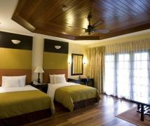 wooden-ceiling-design-for-hotel-room